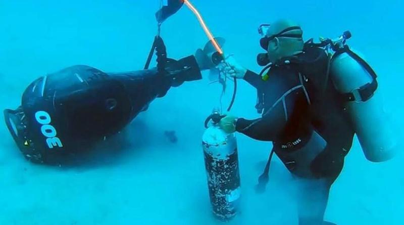 Come fare un recupero di un motore fuoribordo che cade in acqua
